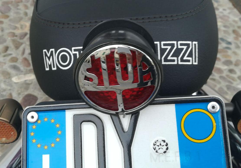 Faro stop old style Tre funzioni Racer Fanali Posteriori Moto